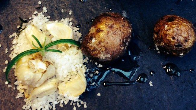 Saltbakte ringerikspoteter (Foto: Pål Plassen /NRK)