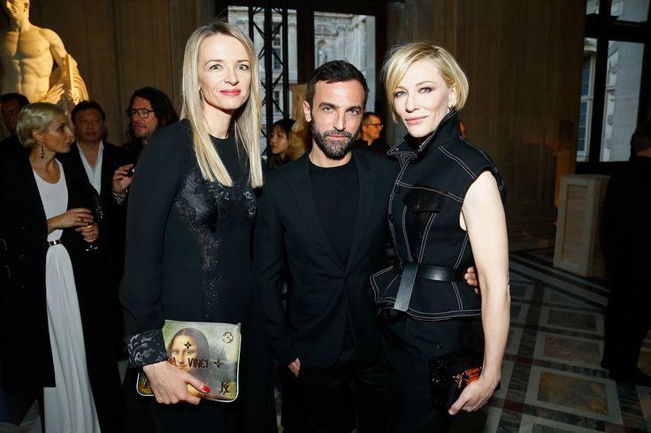 Louis Vuitton Celebrates Its New Jeff Koons Collection at the Louvre