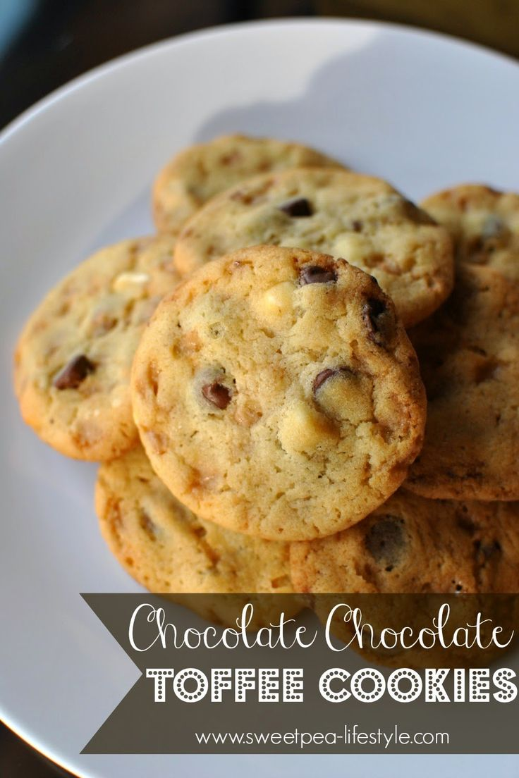 Chocolate And White Cookies