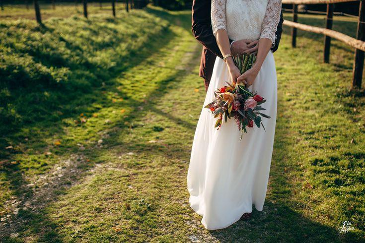 1000 id es sur le th me fleurs de mariage d 39 automne sur for Robes de fille de fleur pour le mariage d automne
