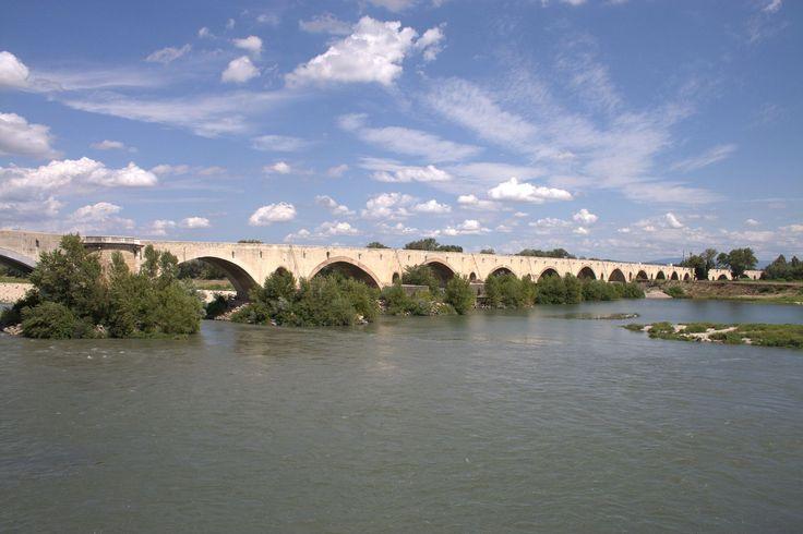 Pont médiéval Pont-Saint-Esprit FRA 001 - Pont-Saint-Esprit — Wikipédia