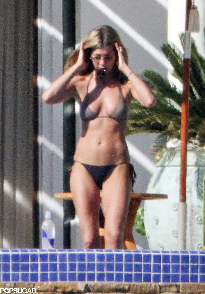 Jennifer aniston bikini sincero