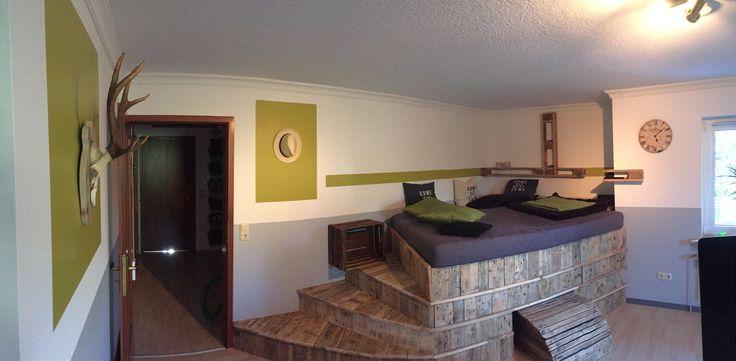 hochbett aus palettenholz mit treppe und schubladen habe ich mal selbst gebaut diy pinterest. Black Bedroom Furniture Sets. Home Design Ideas
