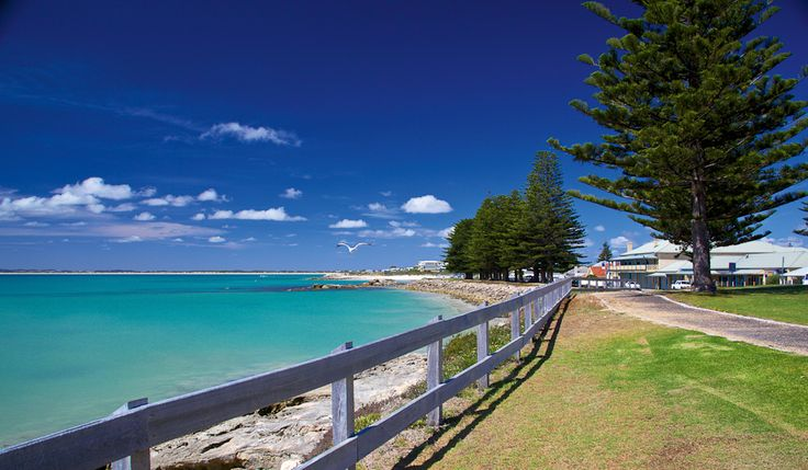 Guichen Bay and the Robe Hotel credit Fleur Bainger