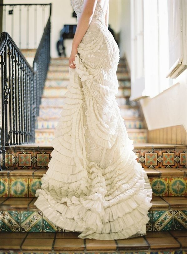 Gorgeous.: Wedding Dressses, Wedding Trends, Stairs, Skirts, Wedding Dresses, Wedding Ideas, Wedding Gowns, The Dresses, Ruffles