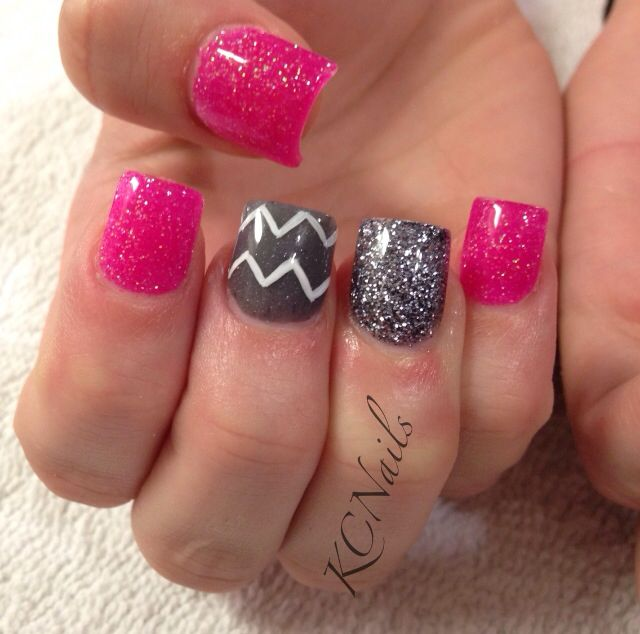 Solid Pink Silver Grey Acrylic Nails With White Hand Painted Chevrons Zigzags Kcnails Nail Tech Pinterest And