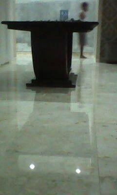 Jasa poles marmer kristalisasi.   Tlp.0822 1839 4060 & 0878 955 7888