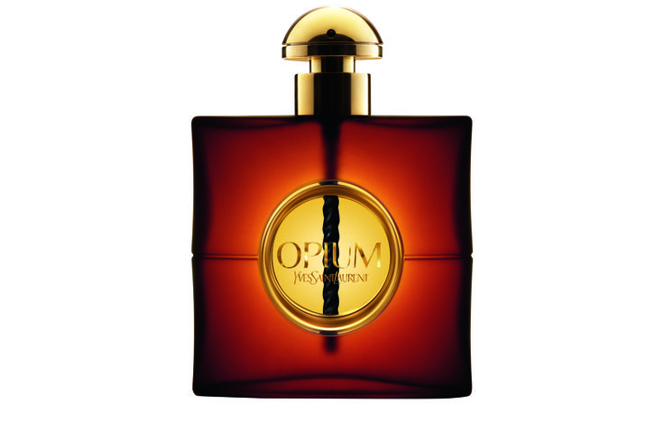 #YSL Opium. More info: http://www.lagardenia.com/beauty-case/magazine/bellezza/regalare-il-profumo-giusto-si-puo-ecco-6-fragranze-ideali
