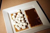 Remodelaholic | Gimme S'more; Quick Smores Recipe