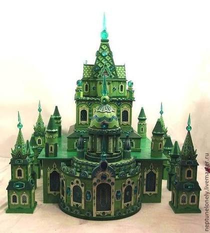 Кукольный дом ручной работы. Ярмарка Мастеров - ручная работа. Купить Изумрудный город (дворец). Handmade. Зеленый, из дерева, изумрудный