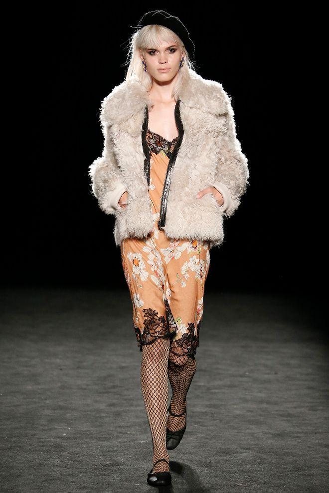 080 Barcelona Fashion: TCN: la lencería y los pijamas salen a la calle | EL MUNDO
