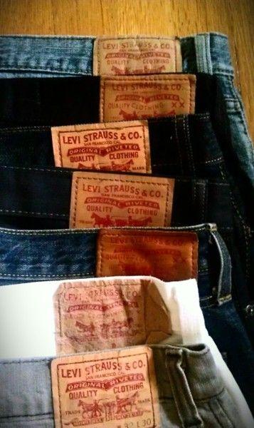 Mens Levi Jeans http://idancemythoughtsofyouaway.tumblr.com/post/10403554025