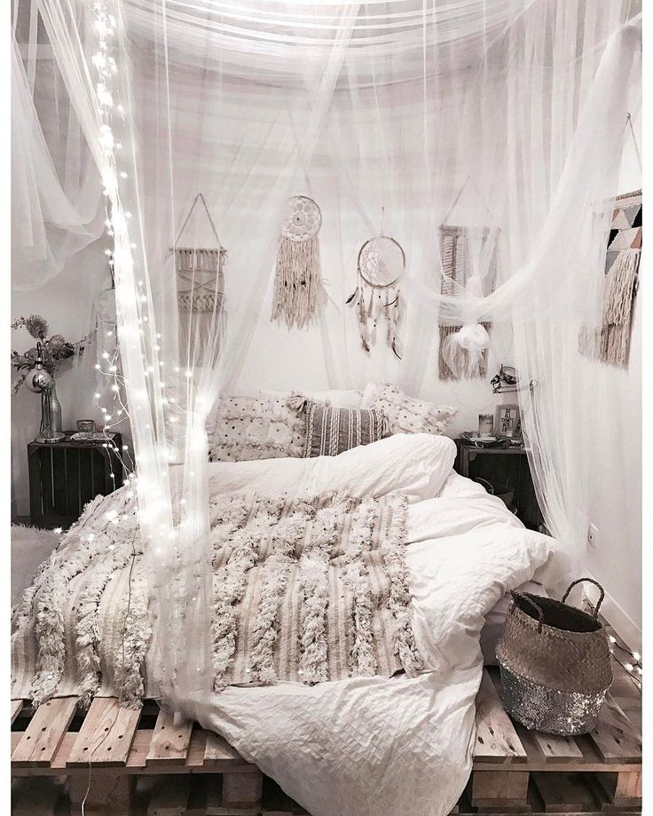 25 best ideas about white bohemian decor on pinterest for Bedroom curtains designs