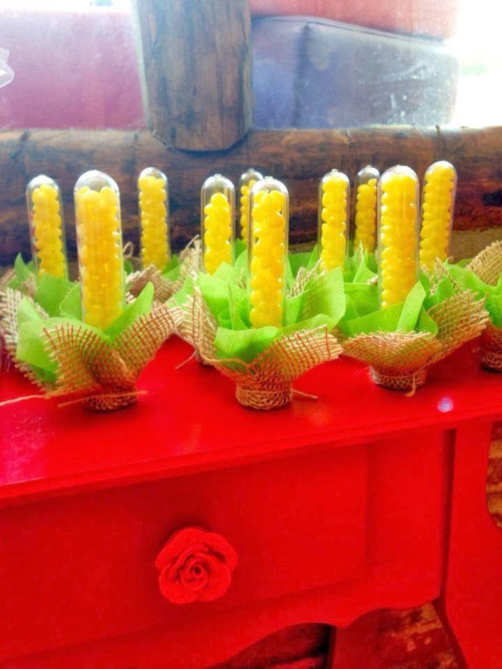 Tubetes decorados imitando o milho para Festa Arraiá, Junina | #daJuuh