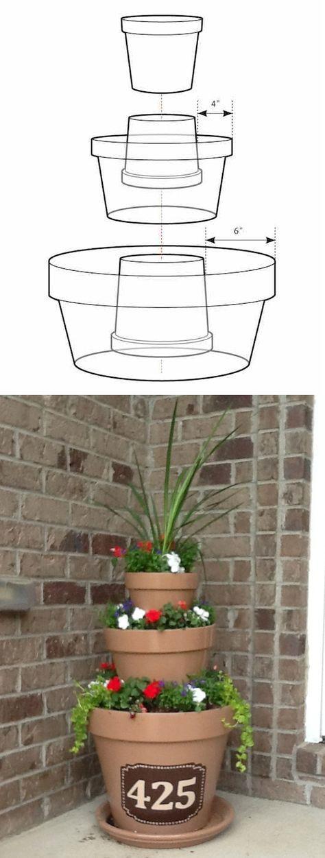 # 8. Crear una obra maestra simplemente apilando ollas. - 13 Clever el centro de flores Consejos y trucos