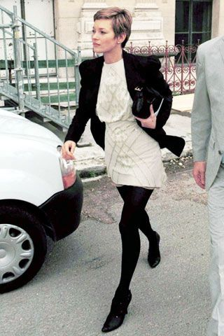 Aw, Kate Moss in cute French style