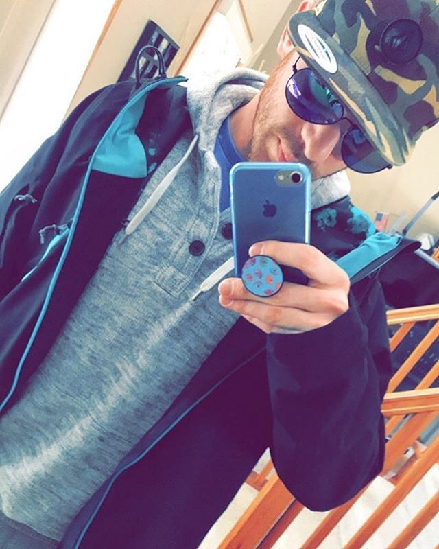 @coreymc89 is rockin our Ibiza Pulse Aviators. How does he look? | What does your heart pulse for?  | http://ift.tt/1eRY0xH | #meltingheartsusa #meltinghearts #sunglasses #aviators  . . .  #sunny #winter #minnesota #postgym #fitfam #motivation #weather #vibes #blue #donuts #life #fav #selfie #volcom #gym #style #man #guys #instamood