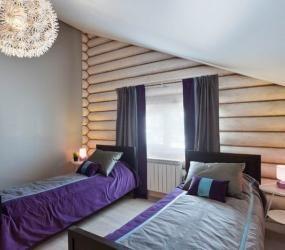 Спальня для гостей в мансарде