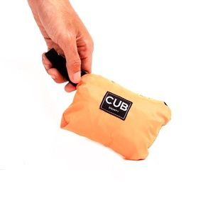 CUB TRAVELER Hobo Nylon Bag Orange (folded side), #bags #minirucksack #outdoor #slingbag #products #traveling #traveler #urbantraveling #travelgear #hobo #nylon #apparel #holiday #vacation #dailypack