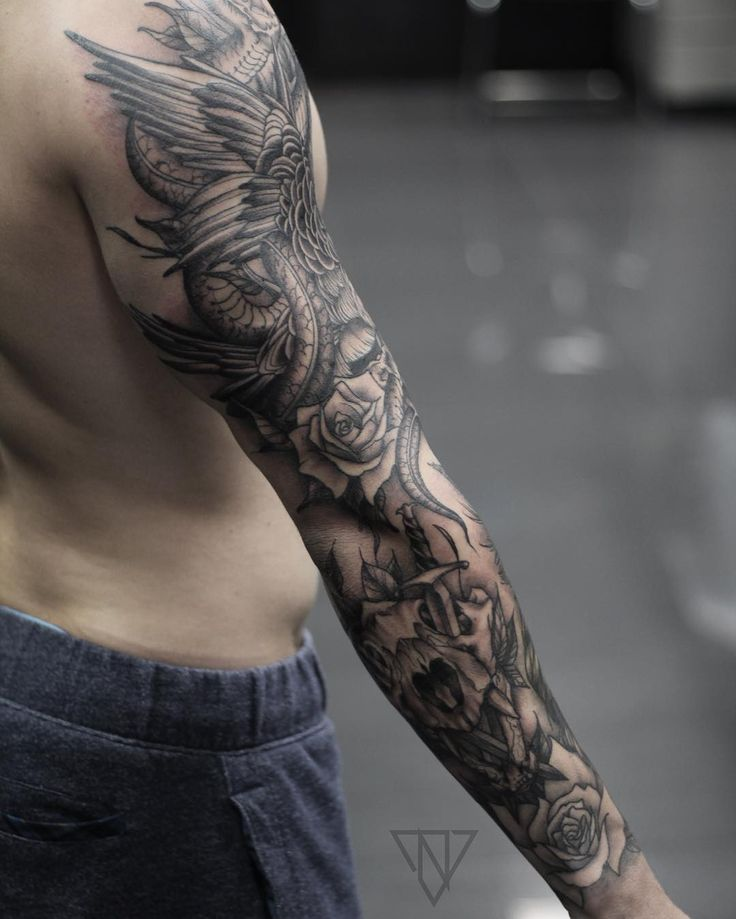 die besten 25 drachen tattoo arm ideen auf pinterest drachen tattoo spartanischer krieger. Black Bedroom Furniture Sets. Home Design Ideas