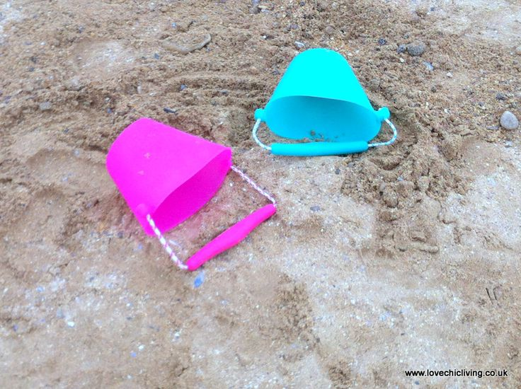 We loved the Scrunch Buckets from Wacky Practicals when we tested them out on our recent beach holiday. £6.99 each