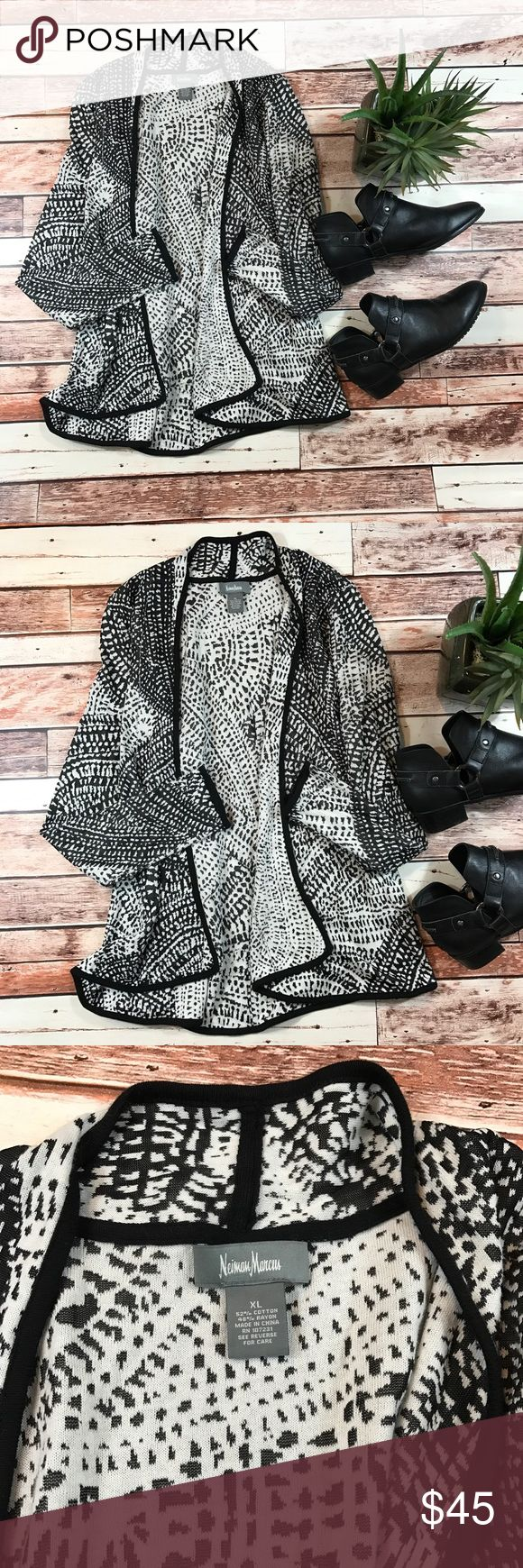 Neiman Marcus black & white printed cardigan Size XL in excellent like new condition! Open front cardigan perfect for fall! Length-28, bust-21 pit to pit ***NO modeling or trades!! ::237 Neiman Marcus Sweaters Cardigans
