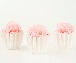 cotton candy: Baby Shower Desserts, Candy Served, 4Th Birthday, Candy Bars, Cotton Candy Cupcakes, Baby Shower Themes, Party, Birthday Ideas