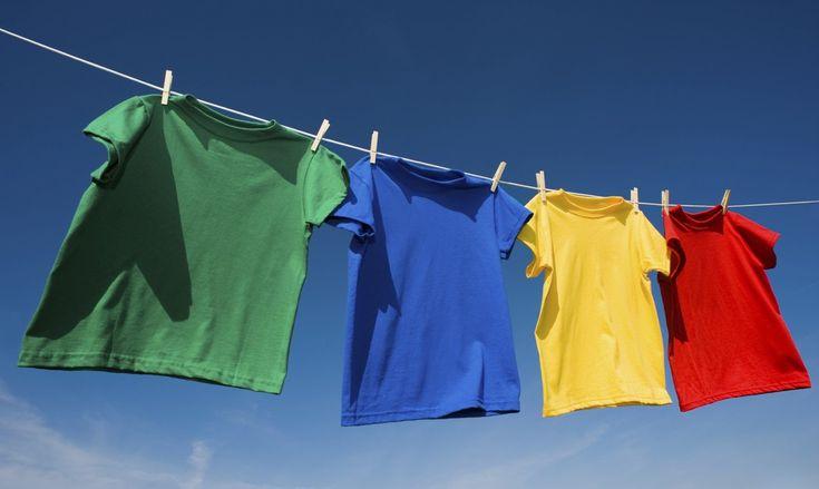 7 errores al tender la ropa que debes evitar