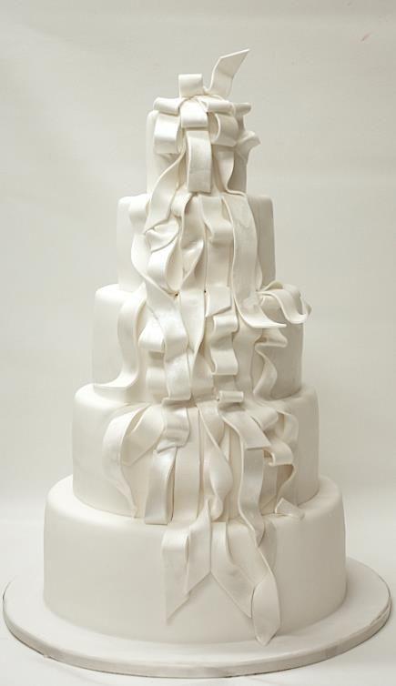Wedding Cake Inspiration: White Ribbon Cake