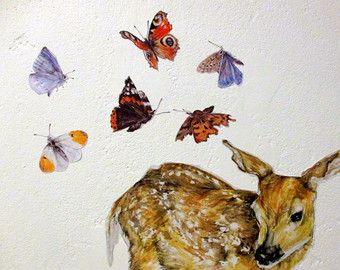 Parete farfalla decalcomanie, adesivi, Stickers di coniglio, lepre decalcomanie, bosco Stickers, Stickers di fauna selvatica.  Questo insieme di lepri e farfalle fornisce un delizioso tocco di colore primavera / estate, indipendentemente dal tempo! Tutti i nostri adesivi sono stampati da mio originale, dipinti illustrazioni a mano. Ogni adesivo è tagliare separatamente, in modo che possono essere disposte per formare un unico mini-murale. Questo set, che comprende una coppia di lepri mar...
