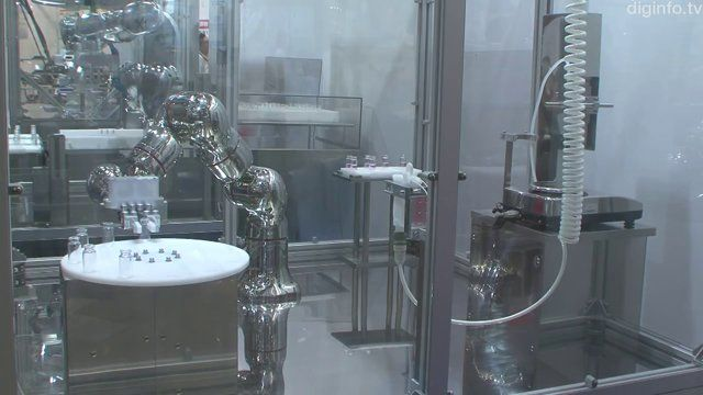 World's first all stainless steel robot with seven degrees of freedom: Kawasaki Heavy Industries has developed the world's first all stainless steel robot with seven degrees of freedom.  It will be used in the drug discovery and pharmaceutical fields to automate experiments which use dangerous chemicals. (2013)