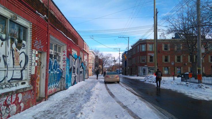 Grafiti dans tout le quartier Mile End, rue Saint Dominique.