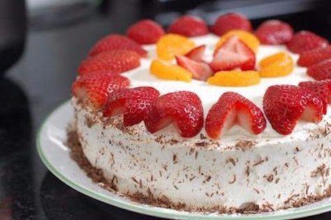 SW strawberries and cream sponge cake