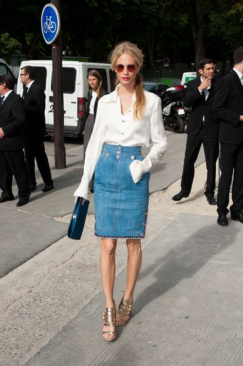 """Poppy Delevigne front row chanel or """"the business woman between business men"""" by Gtres vía Trendencias"""