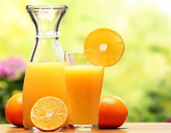 El consumo habitual de zumo de naranja reduce los niveles de LDL o colesterol malo, así como de apolipoproteína B y del cociente LDL/HDL