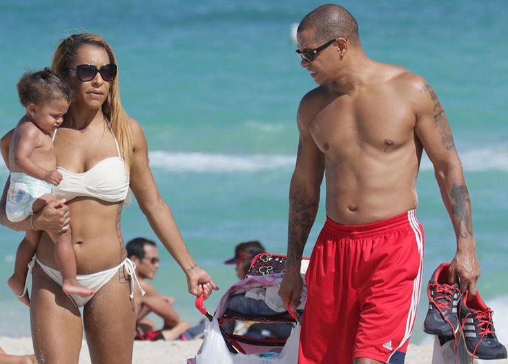 """It's OVER or Love And Hip Hop couple Amina and Peter Gunz. We're told that Amina called it QUITS with Peter, after watching the reunion show this past Saturday. Amina was particularly CONVINCED after watching Cardi B read Peter for FILTH. Amina claims that she and Peter are now """"separated"""". We'll see how long that …"""