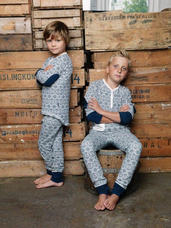Tøff og behagelig bambuspysj til gutta. Se flere mønstre hos Idealias.com