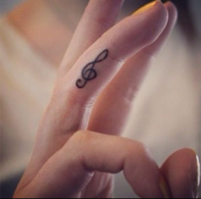 Treble clef tattoo - I also kinda want this and kinda not