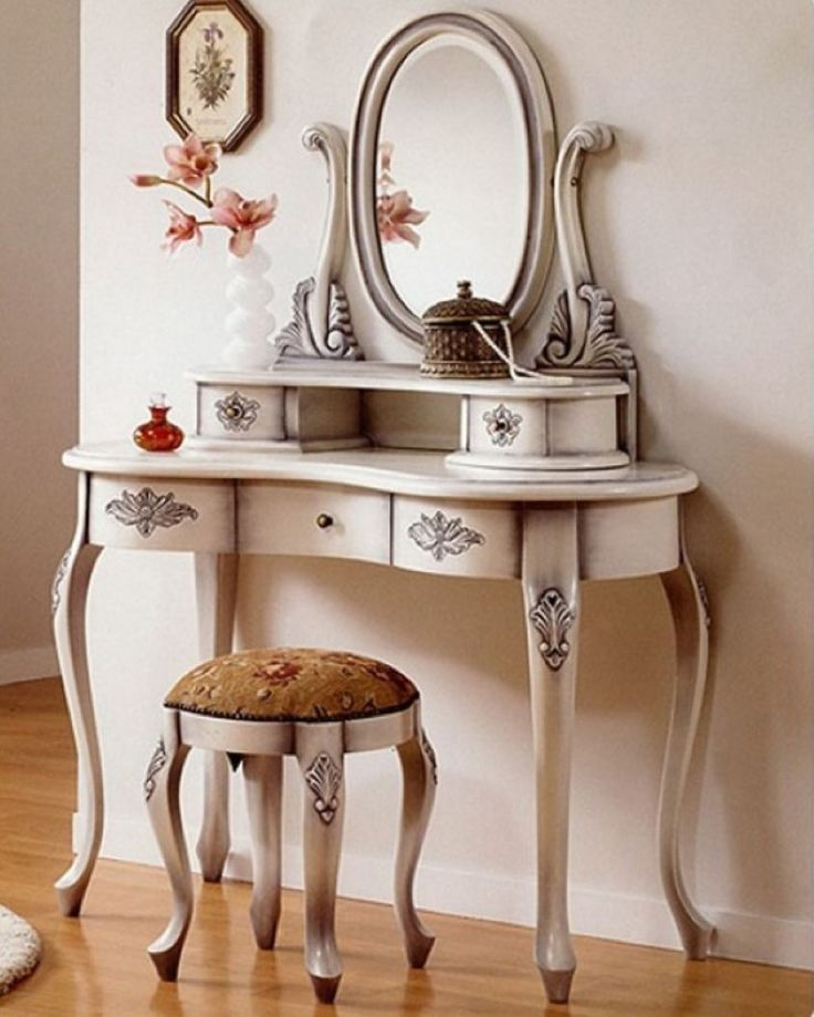 1000 ideas about white vanity table on pinterest white for Antique vanity with round mirror