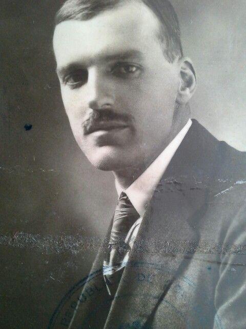 CARLOS CONTO el 18 de marzo de 1921 (tomada del pasaporte)
