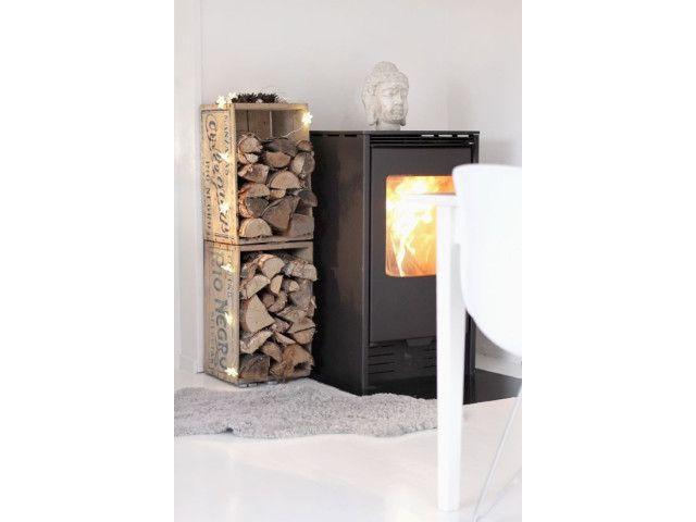 les 14 meilleures images du tableau stockage de bois sur pinterest palettes en bois projets. Black Bedroom Furniture Sets. Home Design Ideas