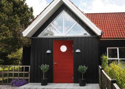 Kuvahaun tulos haulle mustaksi maalattu talo