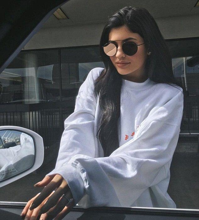Kylie Jenner e Tyga estariam noivos