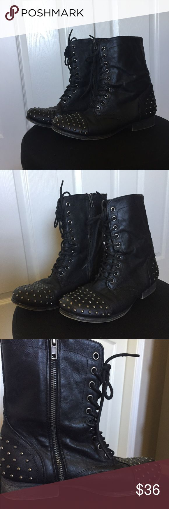 Madden Girl Gewelz Studded Combat Boot Madden Girls Studded combat boot with zippered sides! These are in the style 'Gewelz'. Were worn only about 10-15 times, very comfortable and cue for Fall! size 7.5 Medium Width Steve Madden Shoes Combat & Moto Boots