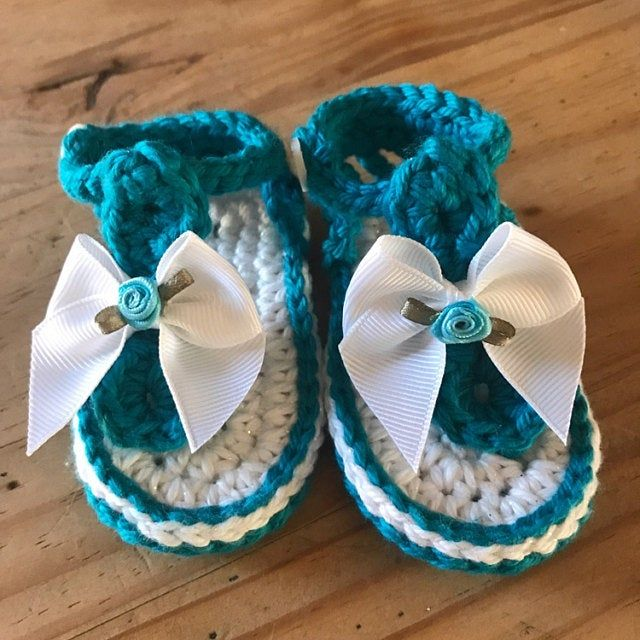 Baby Crochet Pattern Sandal 2 Versions And Free Barefoot Etsy Crochet Baby Patterns Crochet Sandals Free Crochet Baby