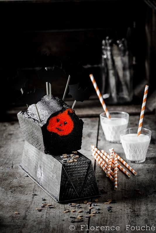 Gourmandises Chroniques: Gâteau caché incrusté d'une citrouille, d'Hallowee...