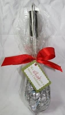 Another easy and inexpensive gift idea for teachers, neighbors, co-workers, etc. Just fill the space between the whisk wires with candy of your choice, wrap with a clear plastic or baker's baggie, and then add a bow and tag. We WHISK you a Merry Christmas!