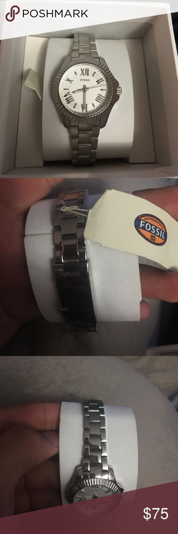Women's fossil watch Brand new never worn stainless steel watch with tags and original box Fossil Jewelry Bracelets