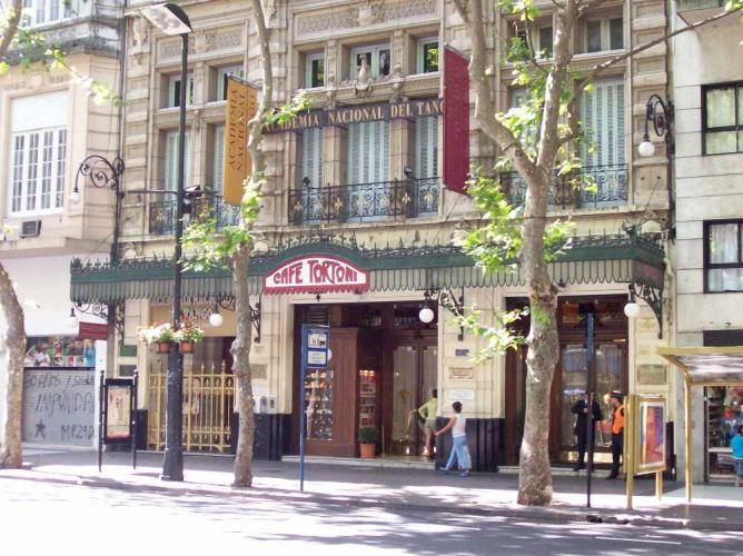 Cafe Tortoni y Academia Nacional deTango