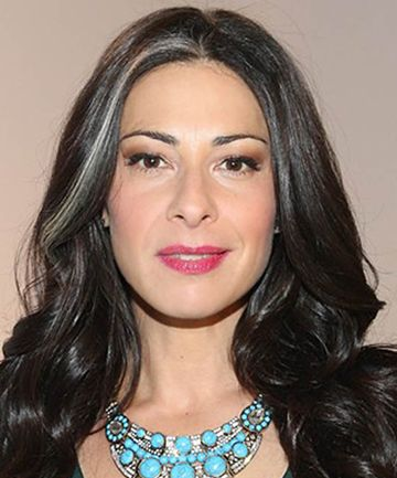 Stacy London's simple gray streak contrasts beautifully against her dark hair. #PMTSLife #PMTSMemphis http://memphis.paulmitchell.edu/blog/20-shades-of-gray-hair